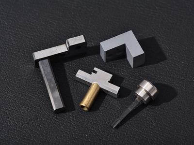 多种材质组合零件